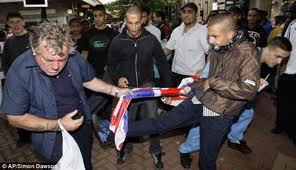 UAF muslims hand out a gang punishment beating to a British Nationalist.