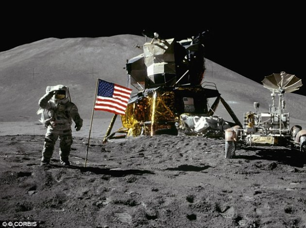 NASA Apollo Moon Landing - Did they make it or did they fake it?
